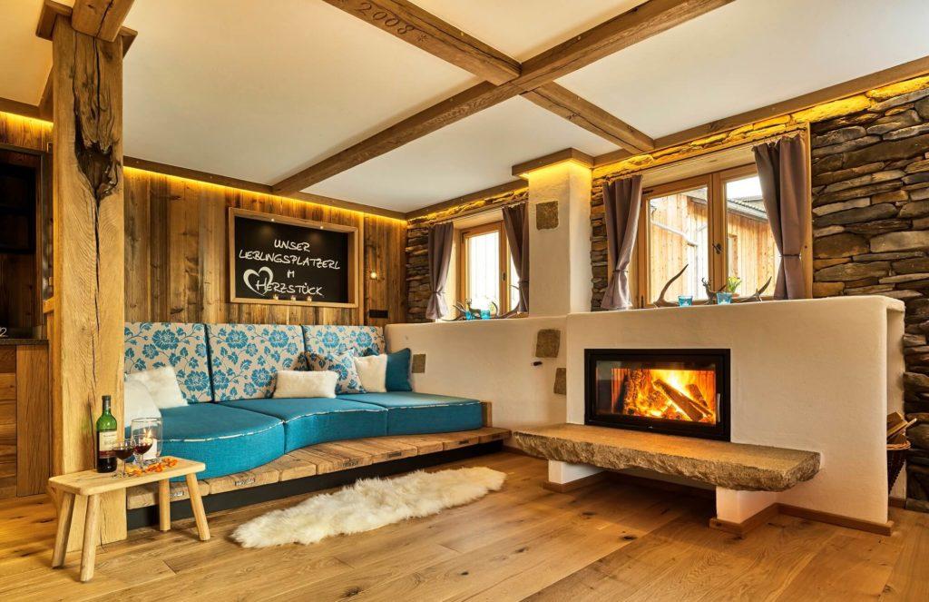 Chalet Suite Herzstück mit Whirlpool und Sauna. Die Suite befindet sich im Bayerischen Wald.