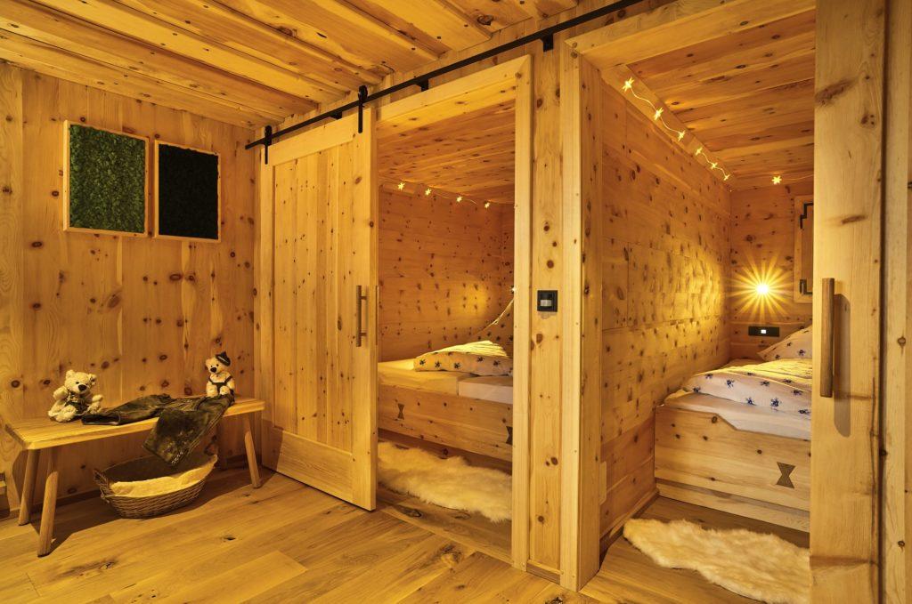 chalet suite im bayerischen wald mit sauna whirlpool uvm. Black Bedroom Furniture Sets. Home Design Ideas