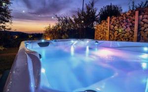 luxus chalet, luxuschalet mit Whirlpool, luxus hütte mit whirlpool, chalet mit sauna und whirlpool